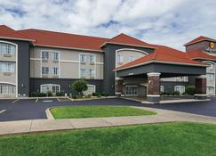 La Quinta Inn & Suites by Wyndham Bowling Green - Bowling Green - Bâtiment