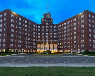 The Berkeley Oceanfront Hotel - Asbury Park - Building