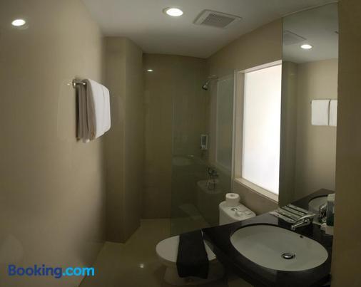 Vio Veteran - Bandung - Bathroom