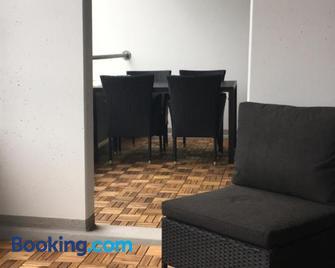 Marienlyst Apartment - Гельсінгер - Living room