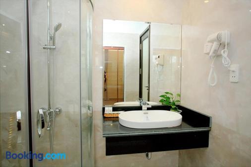 Ha Long Park Hotel - Ha Long - Bathroom