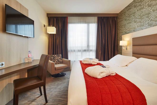 Kyriad Prestige Lyon Est - Saint Priest Eurexpo Hotel And Spa - Saint-Priest - Bedroom