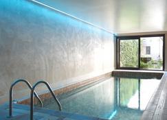 Flanders Hotel - Bruges - Pool