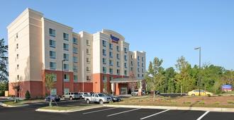Fairfield Inn & Suites Raleigh Durham Airport/ Brier Creek - Raleigh - Edificio