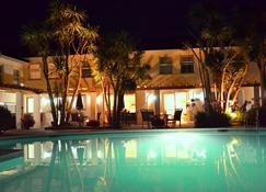 Hotel La Place - Saint Aubin - Pool
