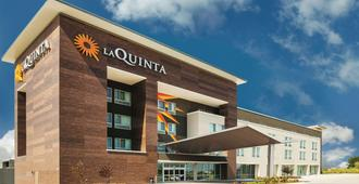La Quinta Inn & Suites by Wyndham Wichita Northeast - Wichita