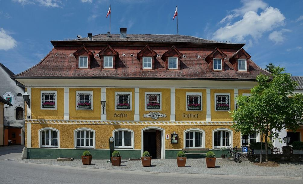Cafe Zwirn - Vorchdorf - Szene1