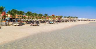 Royal Tulip Beach Resort - Port el Ghalib - Beach