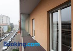 Residence Desenzano - Milan - Balcony