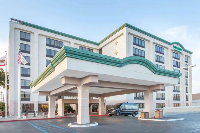 洛杉磯國際機場溫德姆集團溫蓋特酒店 - 英格爾伍德 - 建築