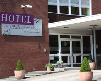 Hotel am Siebenpfennigsknapp - Lunen - Building