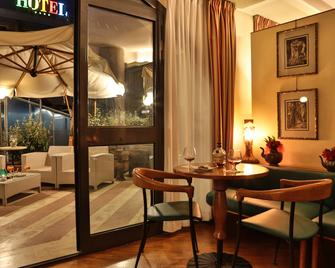 Best Western Hotel Dei Cavalieri - Barletta - Eetruimte