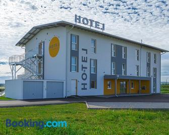 Hotel Tullnerfeld - Tulln - Building