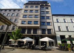 Best Western Hotel Mariacki - Katovice - Edifício