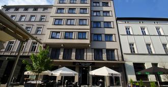 Best Western Hotel Mariacki - Kattowitz - Gebäude