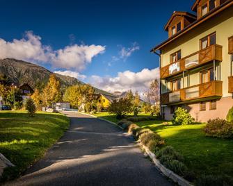 Hotel Villa Siesta - Vysoké Tatry - Building