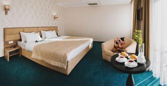 Hotel Alkor - Truskavets - Habitación