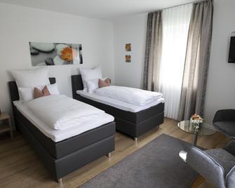 Gästehaus Winkler - Butzbach - Bedroom