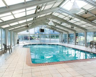 The Country Inn of Lancaster - Ланкастер - Pool