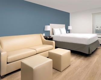 Woodspring Suites Charlotte Gastonia - Gastonia - Спальня