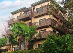 MC Mountain Home Apartelle - Tagaytay - Edificio