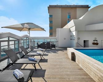 Protea Hotel by Marriott Durban Umhlanga - Umhlanga - Pool