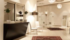 Plaza Hotel Catania - Catania - Front desk