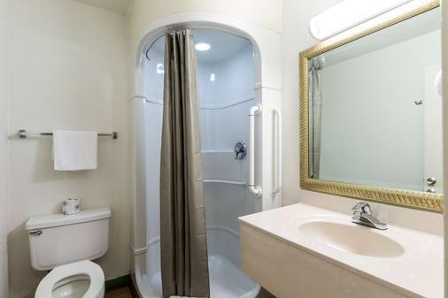 6號維多利亞汽車旅館 - 維多利亞 - 浴室