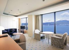 Lake Biwa Otsu Prince Hotel - Otsu - Soggiorno