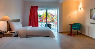 Royal Decameron Indigo Beach Resort - Montrouis - Bedroom