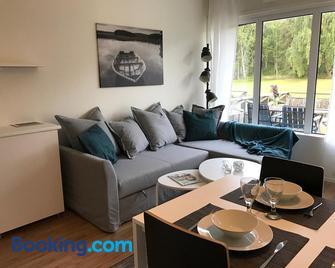 Hällestrand Seaview Apartment - Strömstad - Living room