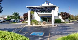 Motel 6 Springfield Il - Springfield - Building