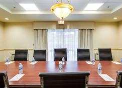 Monte Carlo Inn - Brampton Suites - Brampton - Meeting room