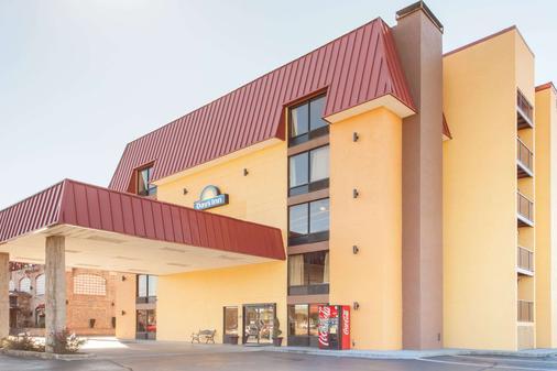 Days Inn & Suites by Wyndham Pigeon Forge - Pigeon Forge - Rakennus