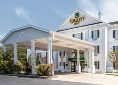 Quality Inn - Greeneville - Building