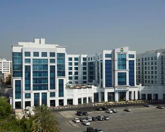 Hyatt Place Dubai Al Rigga - Dubai - Building