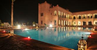 Kasbah Caracalla - Marrakech - Piscina