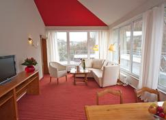 Dormero Hotel Plauen - Plauen - Living room