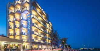 Hotel Karinzia - Caorle - Bâtiment