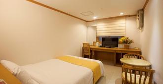 Angel Hotel - Busan - Bedroom