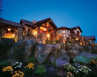 Pronghorn Resort - Bend - Building