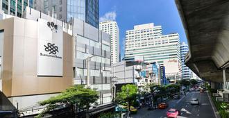 Sukhumvit Suites Hotel - Bangkok - Außenansicht