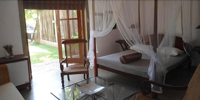 Samansion Vila - Moratuwa - Bedroom