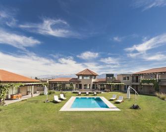 Villa Mansa Wine Hotel - Luján de Cuyo - Pool