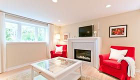 Heritage Suite In Central Kitsilano Close To Everything, License #18-549775 - Vancouver - Sala de estar
