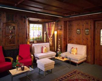 Hotel Zum Hirschen - Längenfeld - Living room