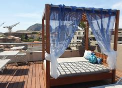 Best Western Premier Hotel Vieux-Port - La Ciotat - Parveke