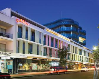 Adina Apartment Hotel Bondi Beach Sydney - Bondi Beach - Building