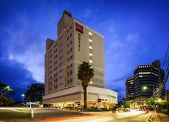 Ibis Joinville - Joinville - Edificio
