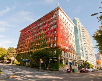 Sylvia Hotel - Vancouver - Building